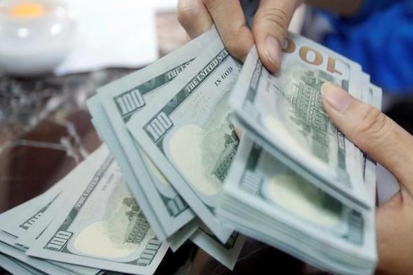 Tỷ giá đô la 'chợ đen' thiết lập đỉnh mới