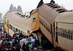 Tàu hỏa đâm nhau ở Ai Cập, hàng chục người chết