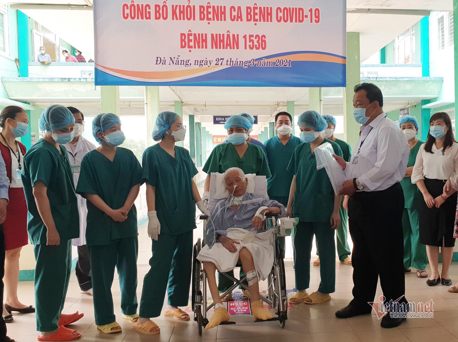 Ca mắc Covid-19 nặng nhất Việt Nam khỏi bệnh sau 9 lần xét nghiệm âm tính