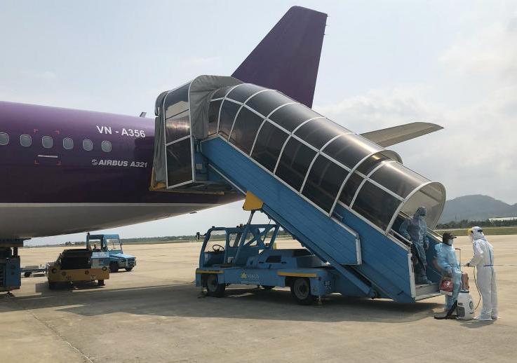 Công dân mắc kẹt ở Đài Loan viết 'tâm thư' khi trở về từ chuyến bay giải cứu
