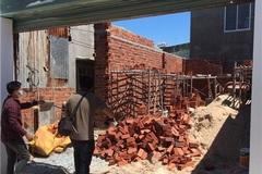 Bắt nhân viên phường ở Vũng Tàu bảo kê xây nhà trái phép