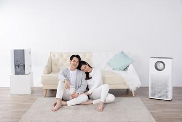 Vợ chồng Đông Nhi cùng Coway lan tỏa thông điệp 'Nâng tầm sống - Trọn an tâm'