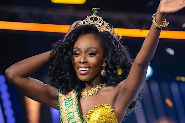 Vẻ gợi cảm khác lạ của tân Hoa hậu Hòa bình Quốc tế 2020