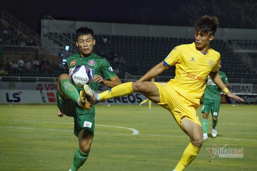 Thua 3 trận liên tiếp, Sài Gòn FC cho thầy Nhật bay ghế