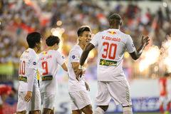 Vòng 6 V-League: HAGL thăng hoa, bầu Đức chưa tính vô địch