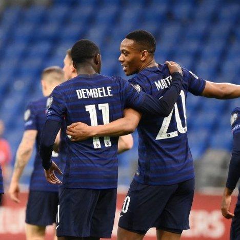 ĐKVĐ Pháp thắng trận đầu tiên ở vòng loại World Cup 2022