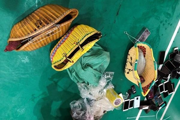 Bắt 51 con bạc lập xới đá gà, cá độ ở Thái Bình
