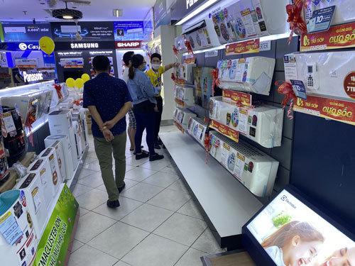 Sản phẩm giải nhiệt mùa nóng giảm giá sâu