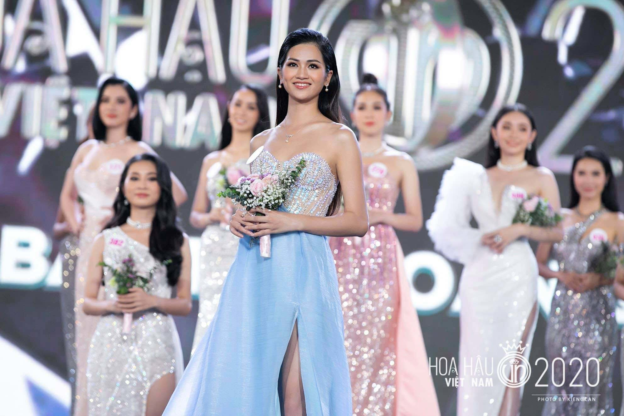 Top 10 HHVN Thu Phương kể về lần đầu lên sóng bản tin VTV