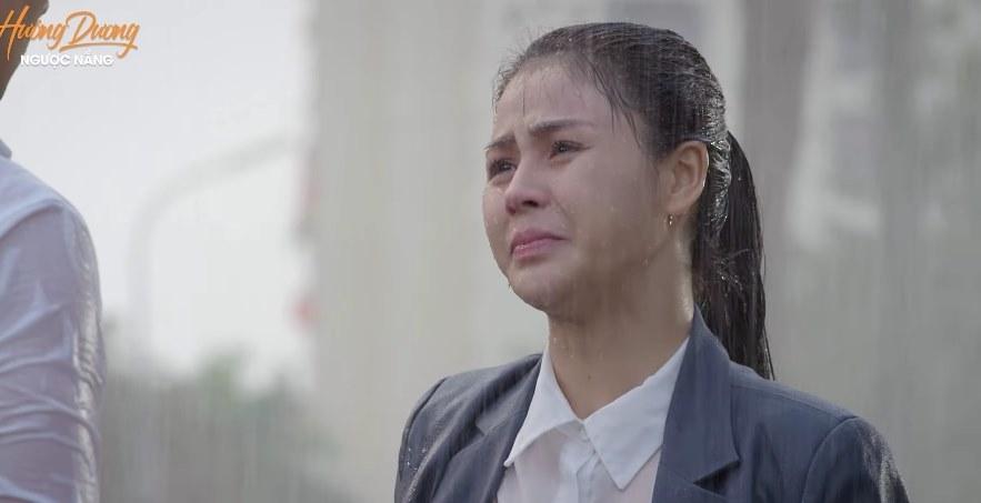 'Hướng dương ngược nắng' tập 47, Minh đau khổ vì bị mẹ, em trai từ mặt