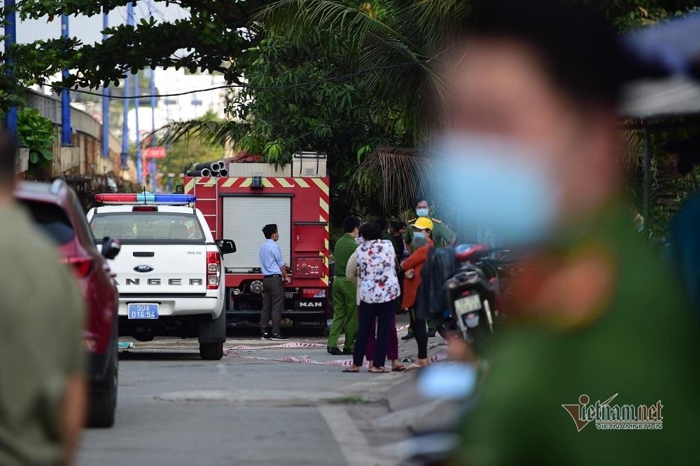 Người thân nghe thấy tiếng kêu cứu thảm thiết của nạn nhân nhưng bất lực