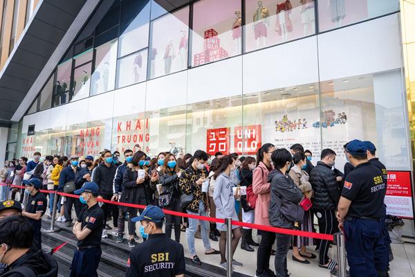 Các thương hiệu bán lẻ đổ xô vào TTTM sau đại dịch