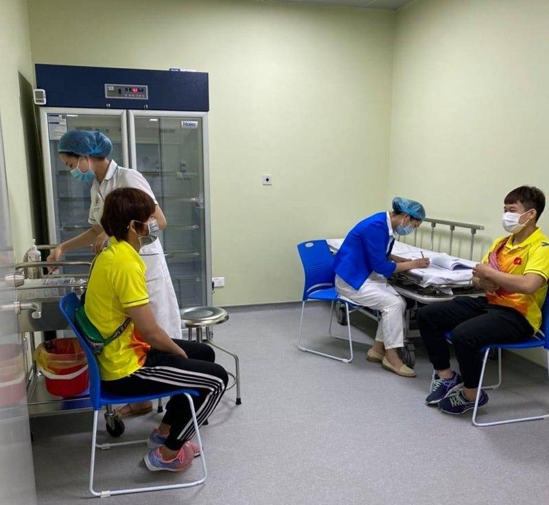 Hơn 180 HLV, VĐV Việt Nam được tiêm vắc xin phòng Covid-19