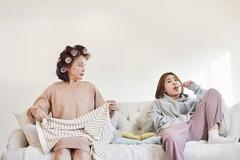'Thế hệ chuột túi' ăn bám cha mẹ vì sợ kết hôn