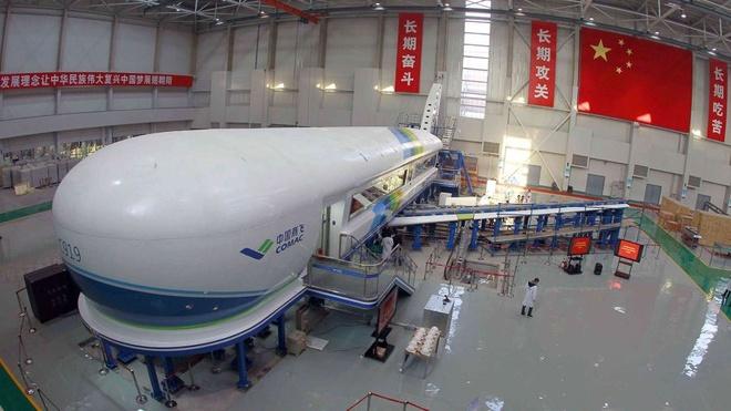 Trung Quốc gặp khó trong tham vọng bá chủ bầu trời