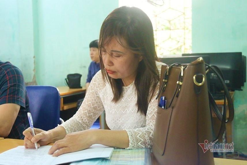 """Bộ GD-ĐT yêu cầu giải quyết vụ cô giáo tố """"bị trù dập"""" ở Quốc Oai -  VietNamNet"""