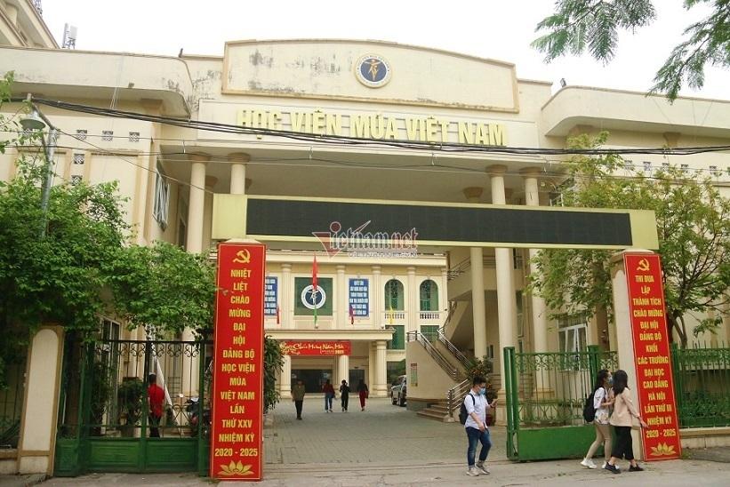 Vụ học viên trường Múa kêu cứu: Bộ GD-ĐT cho phép in bằng tốt nghiệp