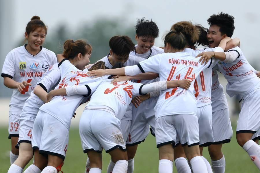 Giải U19 bóng đá nữ 2021: Hà Nội kiên nhẫn bám đuổi