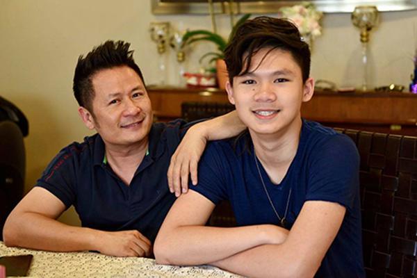 Bằng Kiều và vợ cũ tự hào khi con trai được đề cử 'Nghệ sĩ của năm'