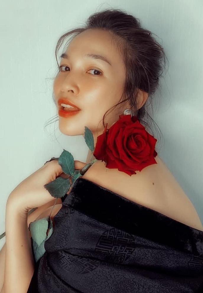 Cặp song sinh của Hồ Ngọc Hà - Kim Lý biểu cảm đáng yêu