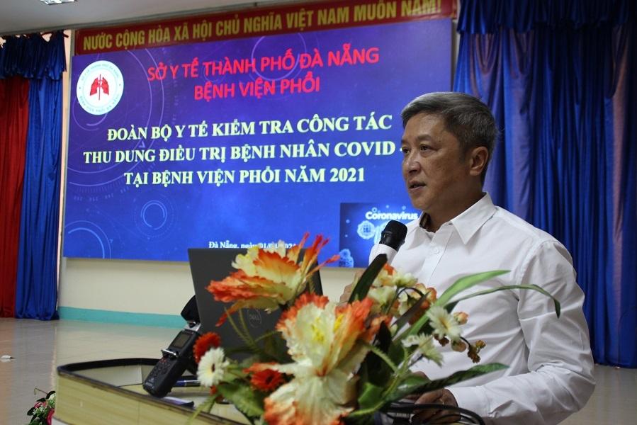 Bộ Y tế tặng bằng khen cho các y, bác sĩ Đà Nẵng phòng chống dịch Covid-19