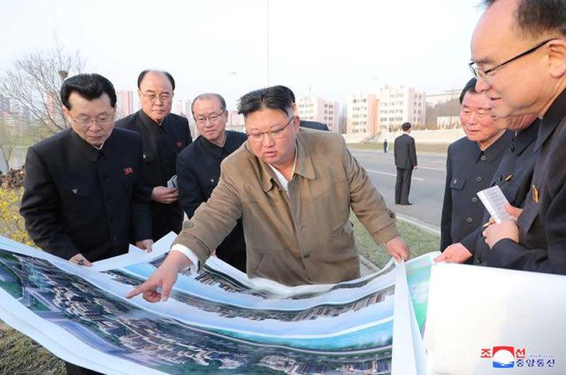 Kim Jong Un thị sát dự án 50.000 căn hộ ven sông Bình Nhưỡng, lệnh xây gấp rút