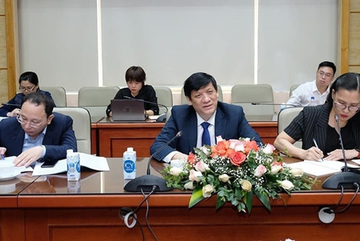 Health minister holds talks with China, India, Russia ambassadors on COVID-19 vaccines