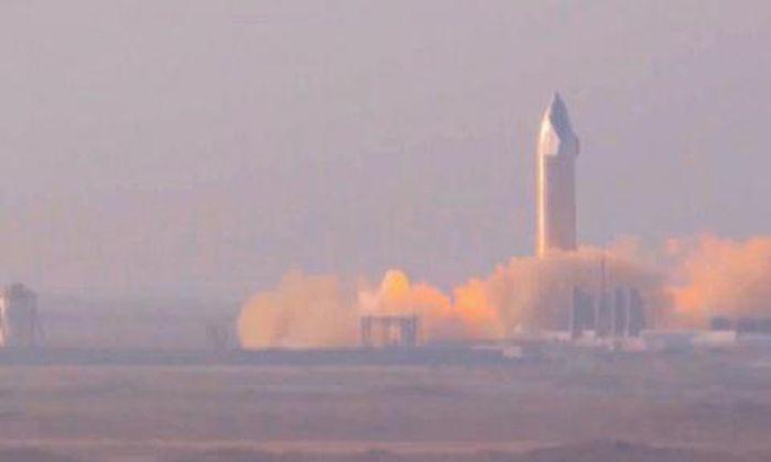 SpaceX thử nghiệm phóng lửa tĩnh trong sương mù dày đặc