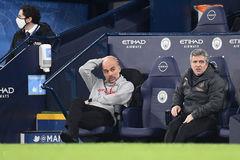 Pep Guardiola lần đầu nói về những rạn nứt với cầu thủ