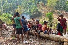 Nghìn người dân Myanmar vượt biên sang Thái Lan trong một ngày