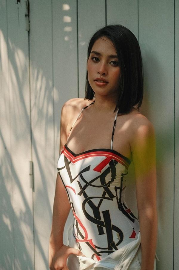 Hoa hậu Tiểu Vy ngày càng gợi cảm