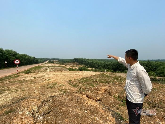 Chủ tịch huyện nói về vụ 'quan xã' xẻ đất rừng phân lô bán cho dân
