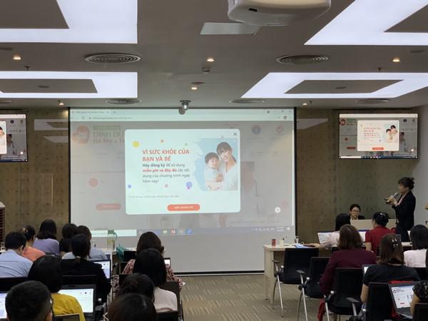 Nhân viên y tế 63 tỉnh thành học dùng phần mềm xây dựng thực đơn dinh dưỡng cho mẹ và bé