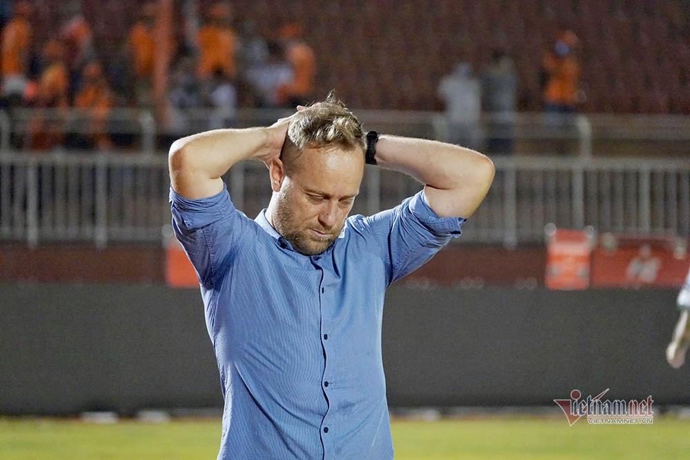 HLV Polking vẫn hài lòng dù CLB TP.HCM thua trận thứ 3 liên tiếp