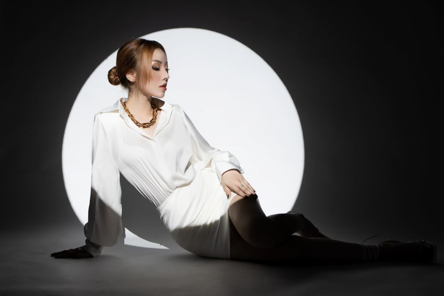 Hotgirl từng khiến Trấn Thành tiếc nuối ra MV debut