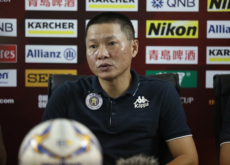 Hà Nội FC đổi ghế, Dương Hồng Sơn làm HLV trưởng