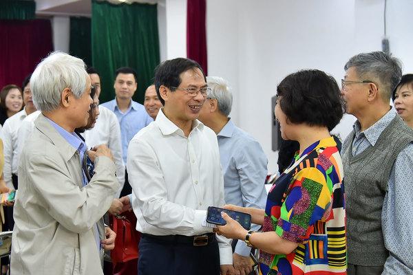 100% cử tri nơi cư trú nhất trí giới thiệu ông Bùi Thanh Sơn ứng cử ĐBQH