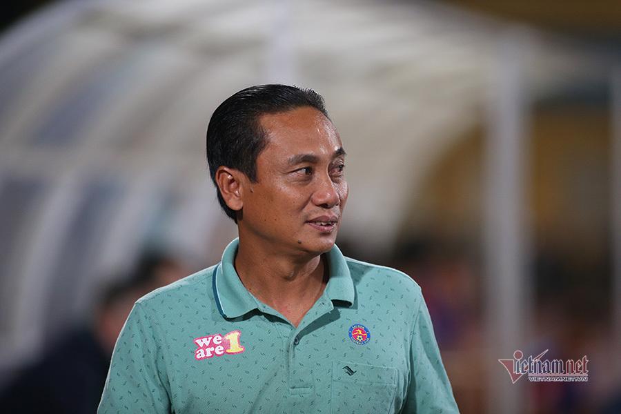 Vòng 7 V-League: HAGL bay cao, Hà Nội thay lái trưởng