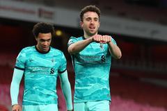 Diogo Jota rực sáng, Liverpool đè bẹp Arsenal
