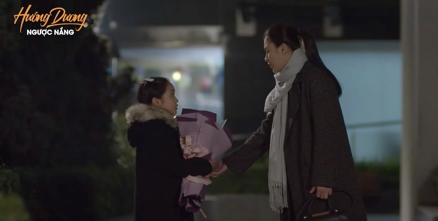 'Hướng dương ngược nắng' tập 49, Hoàng nhờ con gái xin lỗi Minh