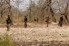 Bị phục kích, hàng chục nhân viên an ninh Ấn Độ thương vong