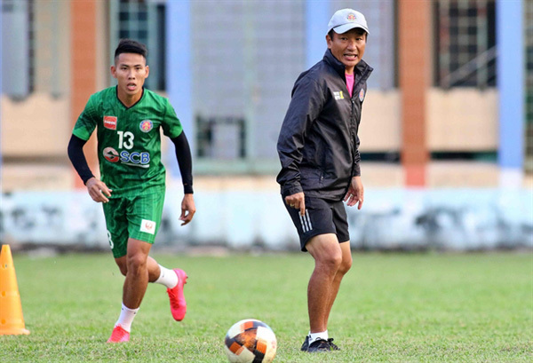 Conquering V.League 1 proves to be tough task for foreign coaches