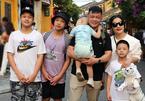 Tổ ấm hạnh phúc của MC Trần Quang Minh bên vợ đảm và 4 con trai