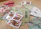 Khởi tố 3 cán bộ ở Quảng Trị đánh bạc tại nhà chủ doanh nghiệp