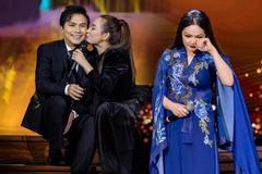 Phi Nhung: 'Tôi phải xin lỗi khán giả vì đang hát bị mất giọng'