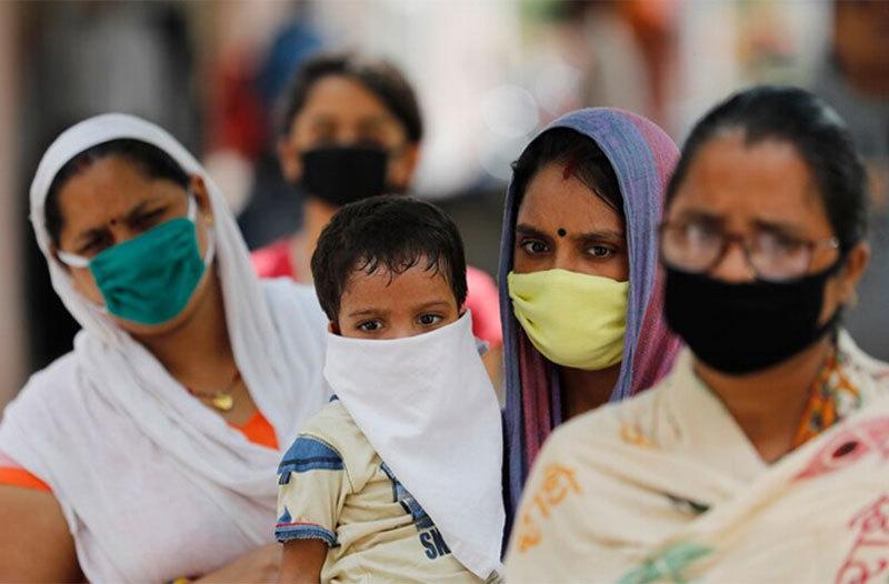 Ấn Độ lại thành điểm nóng Covid-19, WHO xác nhận virus có thể lây từ người sang động vật