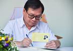 Nguyễn Nhật Ánh ký tặng sách bản đặc biệt 'Đảo mộng mơ'