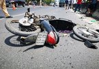 Xe máy ngược chiều đối đầu xe khách, 2 người tử vong