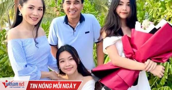 MC Quyền Linh bên vợ xinh đẹp và 2 con gái cao vượt trội