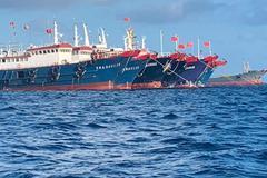 Philippines đưa thêm tàu đến Đá Ba Đầu